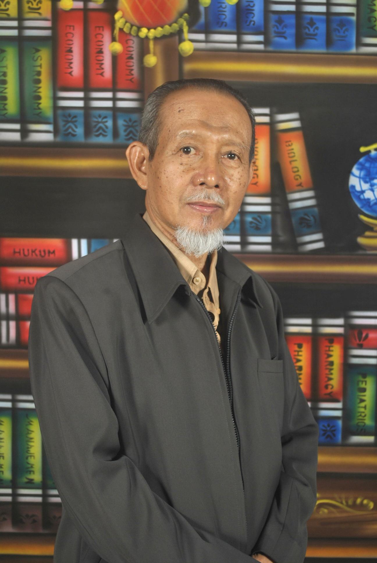 Prof. Dr. ACHMAD MURSYIDI, M.Sc., Apt.